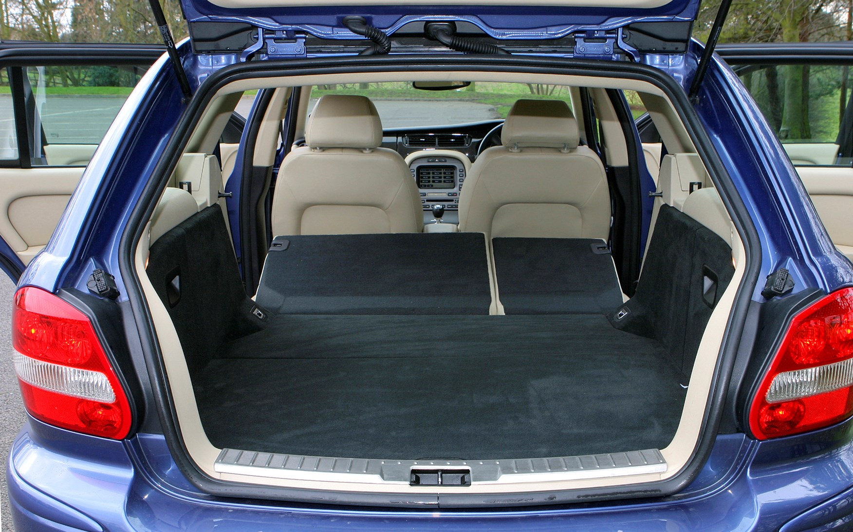 Jaguar X Type Estate 2004 2010 Features Equipment And