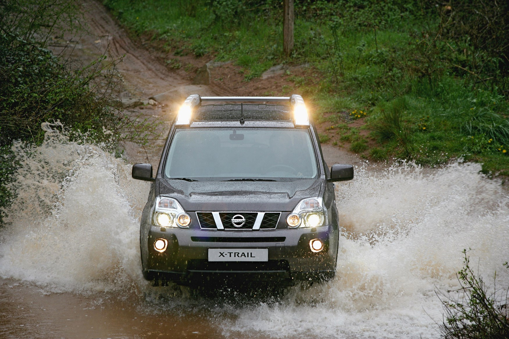 View all images of the Nissan X-Trail (07-14)