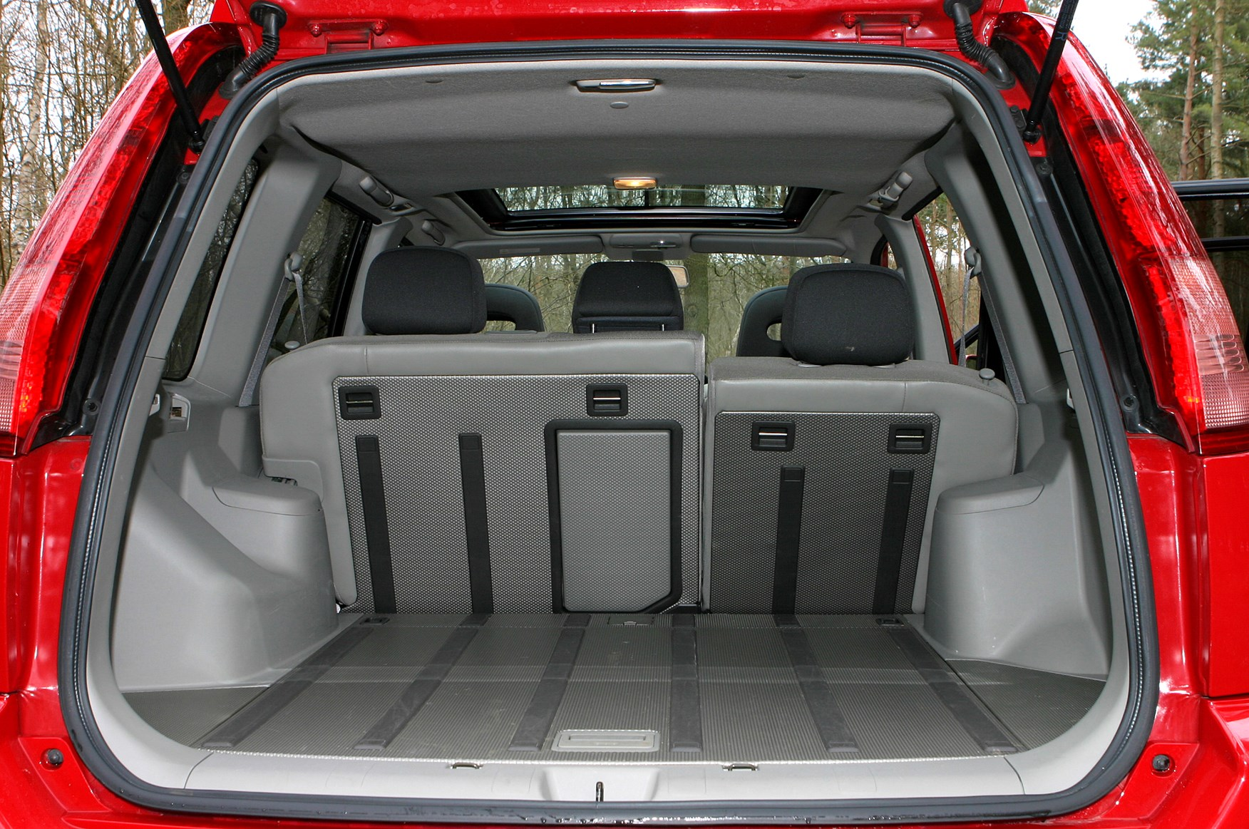 nissan x trail station wagon 2001 2007 features. Black Bedroom Furniture Sets. Home Design Ideas
