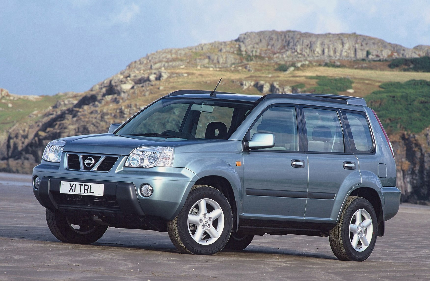 nissan x trail station wagon 2001 2007 photos parkers. Black Bedroom Furniture Sets. Home Design Ideas