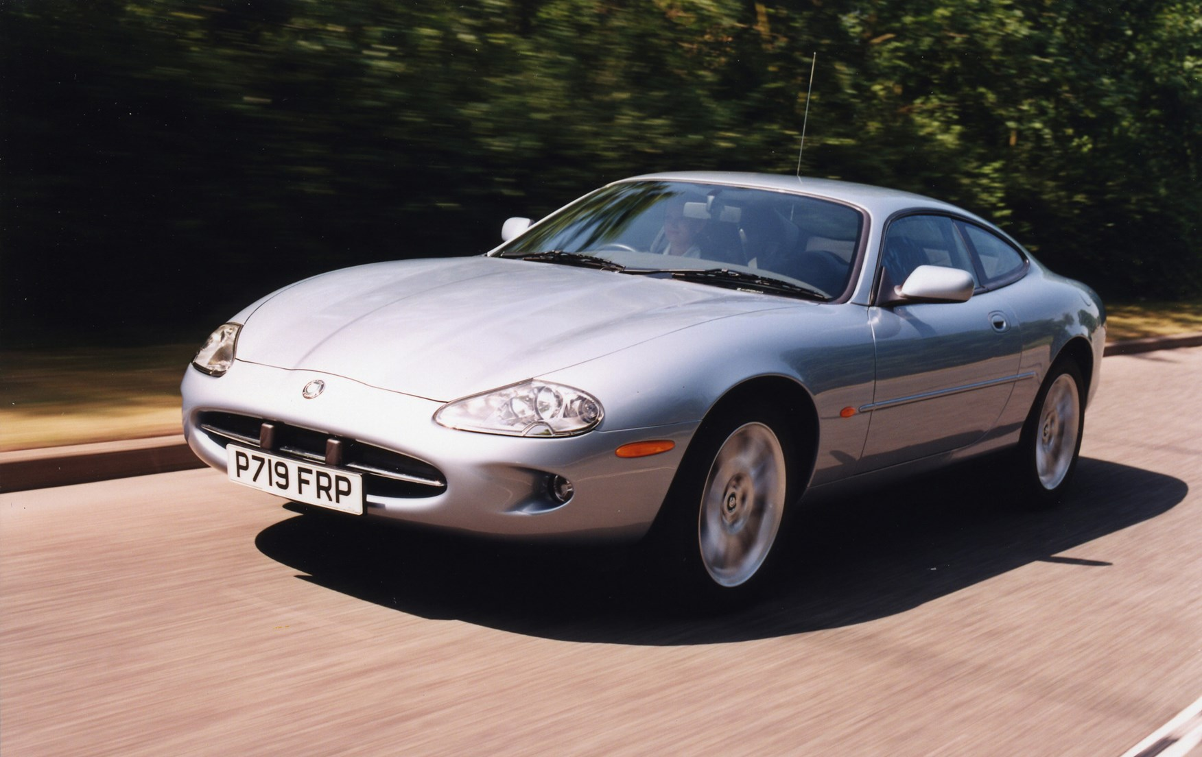 View all images of the jaguar xk8 coup 96 05
