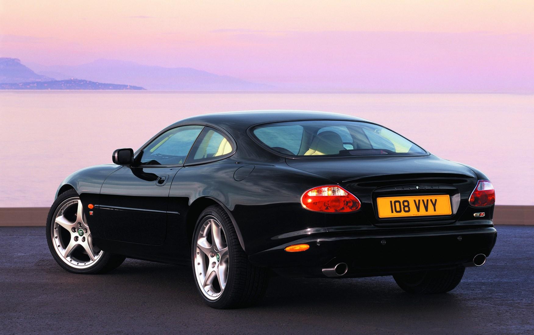 Beautiful Jaguar XK8 Coupé (1996   2005) Photos | Parkers