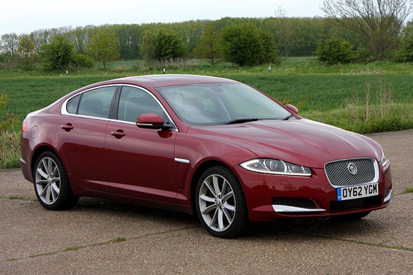 2010 jaguar xf reviews