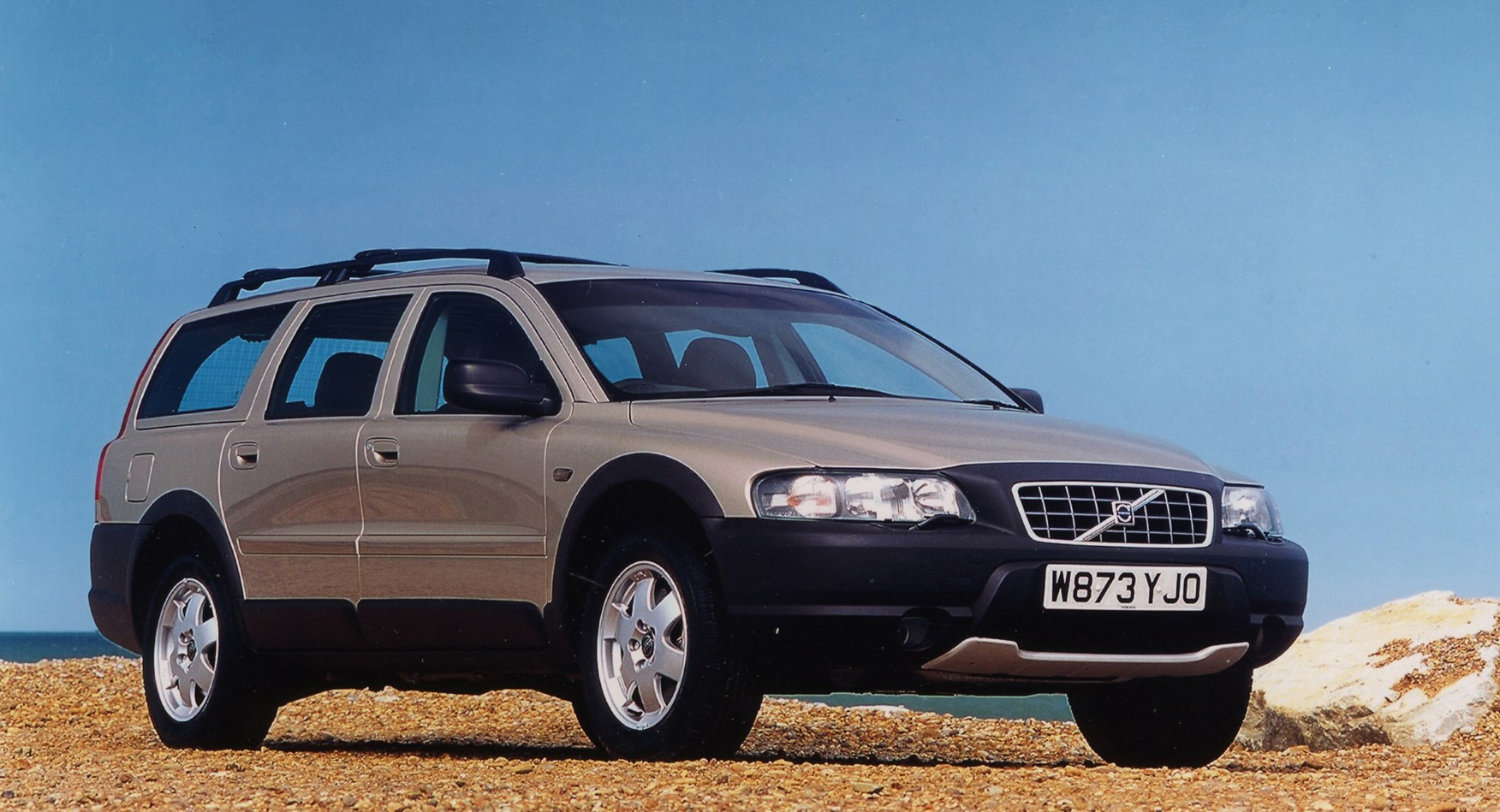 Volvo XC70 Estate (2000 - 2007) Photos | Parkers