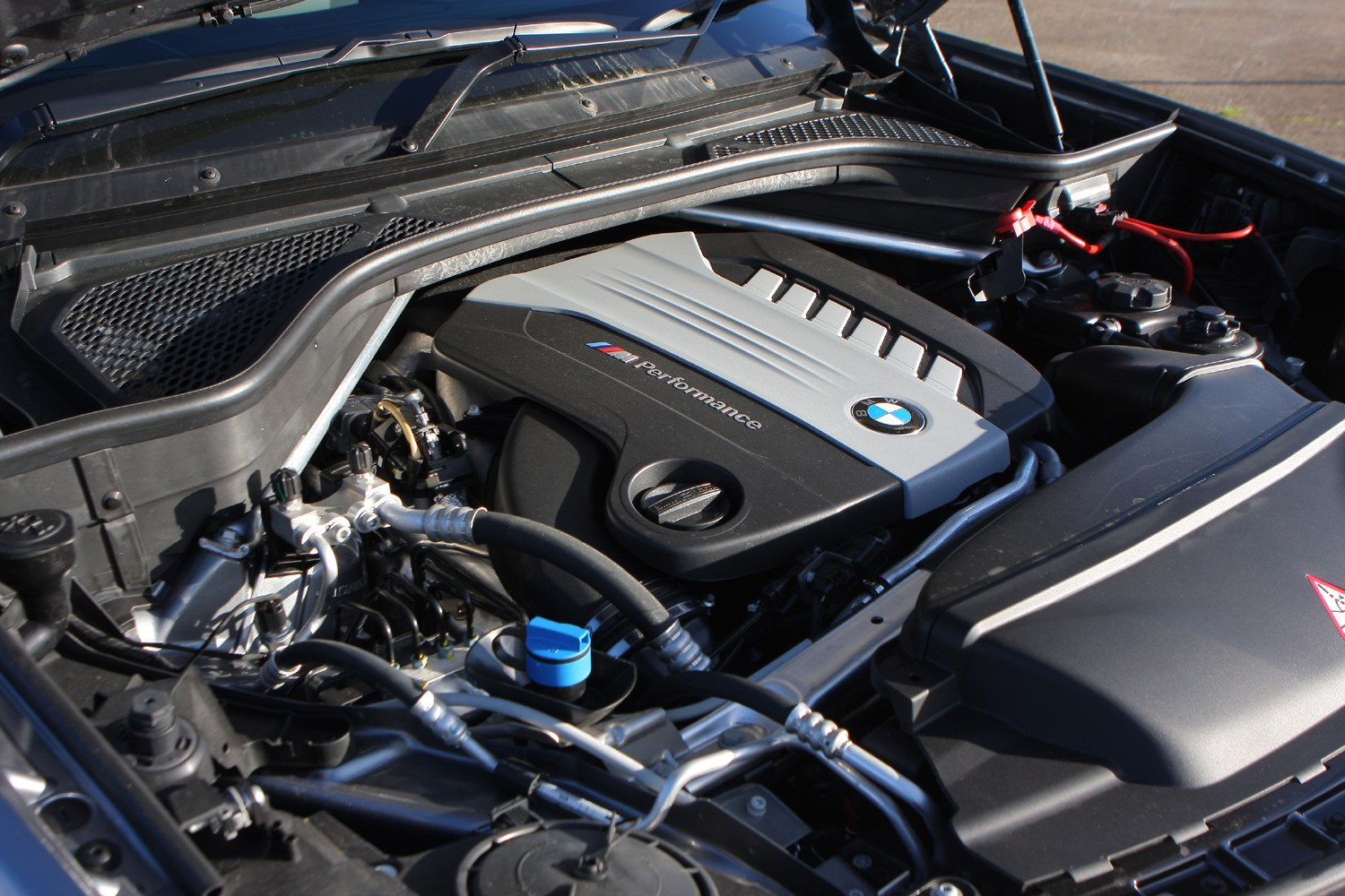 Bmw x5 for sale used bmw x5 cars parkers for Bmw x5 motor for sale