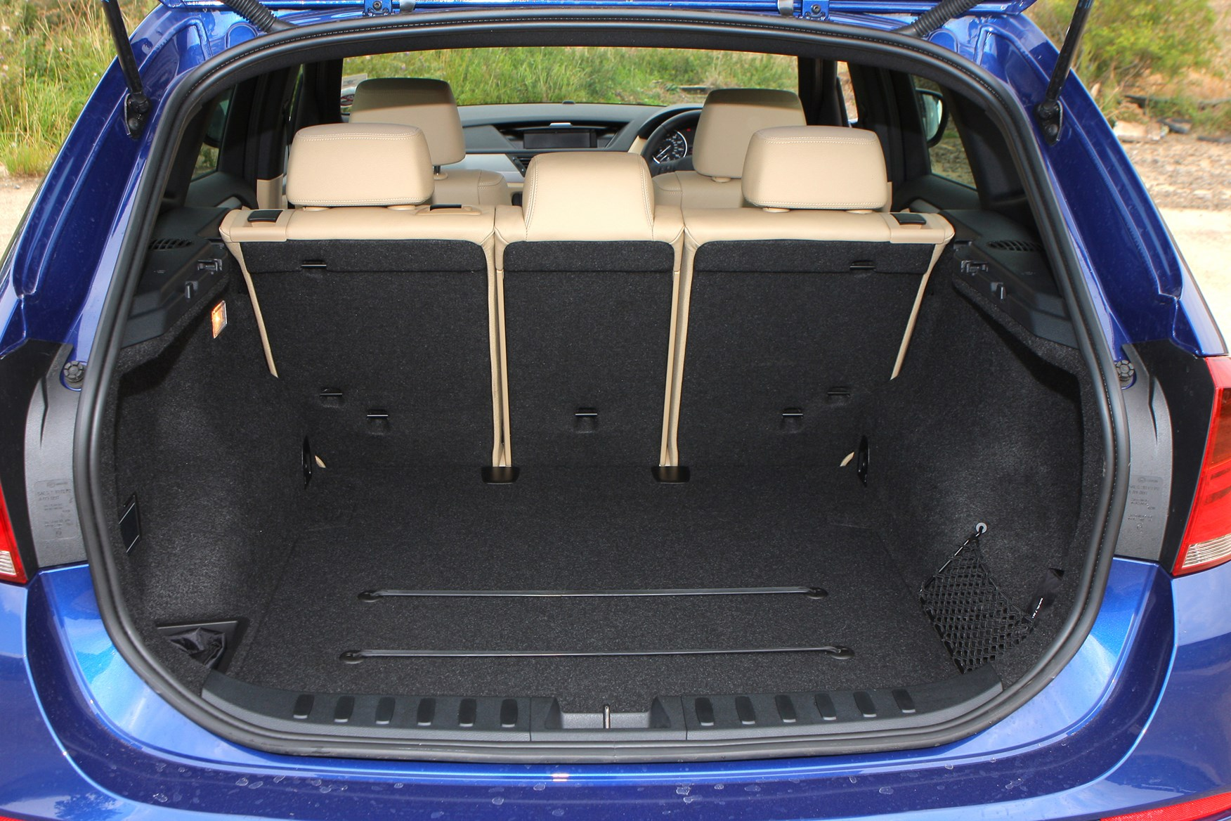 BMW X1 Estate 2009 2015 Features Equipment And