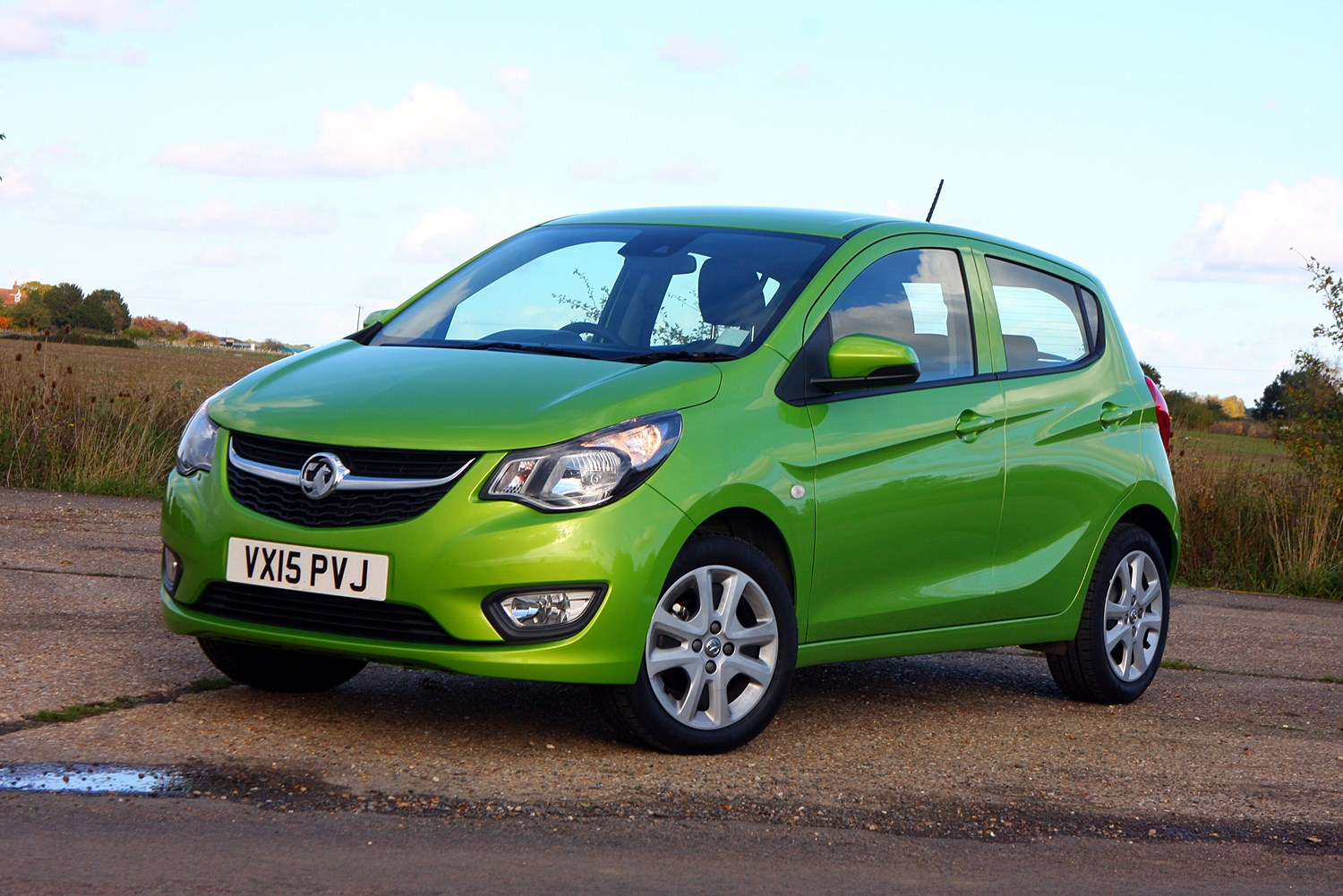 Vauxhall Viva Hatchback 2015 Photos Parkers