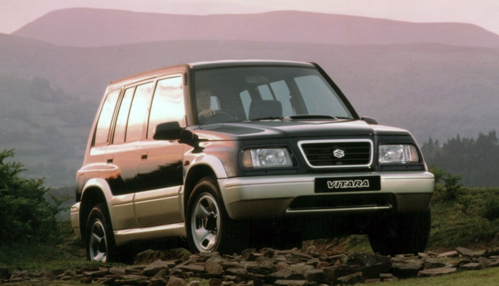 suzuki vitara estate 1988 2000 driving performance. Black Bedroom Furniture Sets. Home Design Ideas