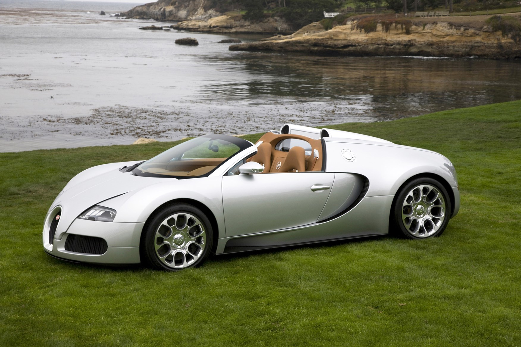 Bugatti Veyron Coupe (2006 - ) Photos | Parkers on hupmobile coupe, isuzu coupe, citroen coupe, mgb coupe, audi coupe, mazda coupe, bentley coupe, hudson coupe, cord coupe, rolls-royce ghost coupe, bmw coupe, aston martin coupe, maybach coupe, subaru coupe, lincoln coupe, lamborghini coupe, ferrari coupe, lotus coupe, lexus coupe, fisker coupe,