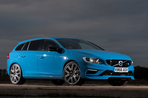 volvo v60 coupe from 2010 used prices parkers. Black Bedroom Furniture Sets. Home Design Ideas