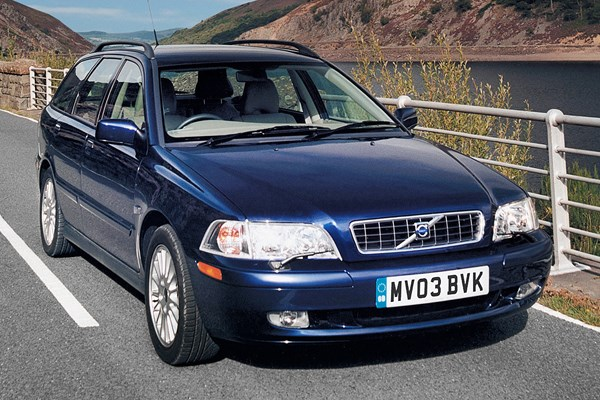 Volvo V40 Estate Review 1996 2004 Parkers