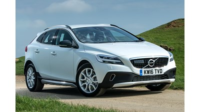 Volvo V40 Cross Country D2 (120bhp) Cross Country 5d