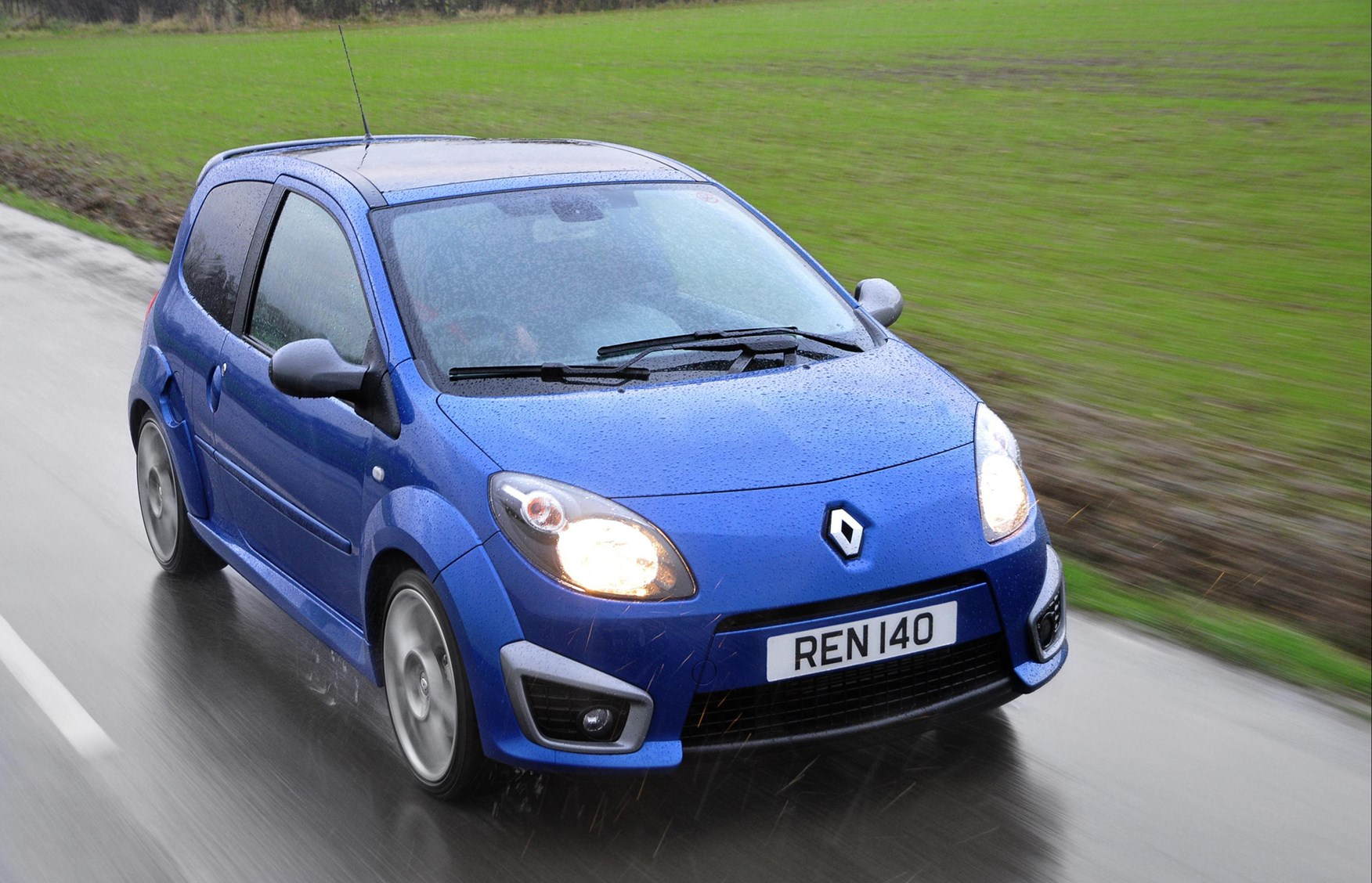 renault twingo renaultsport 2008 2013 driving performance parkers. Black Bedroom Furniture Sets. Home Design Ideas