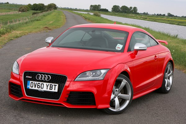 audi tt rs from 2009 used prices parkers. Black Bedroom Furniture Sets. Home Design Ideas