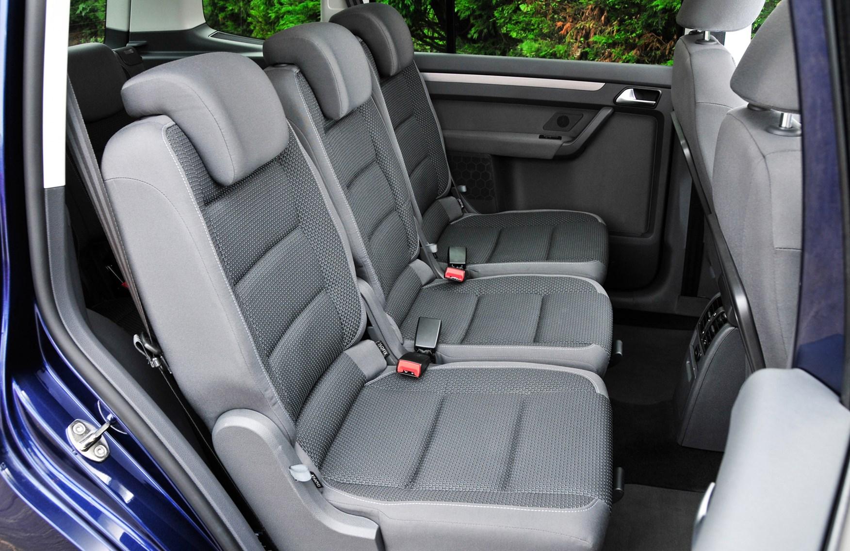 Volkswagen touran estate review 2010 2015 parkers