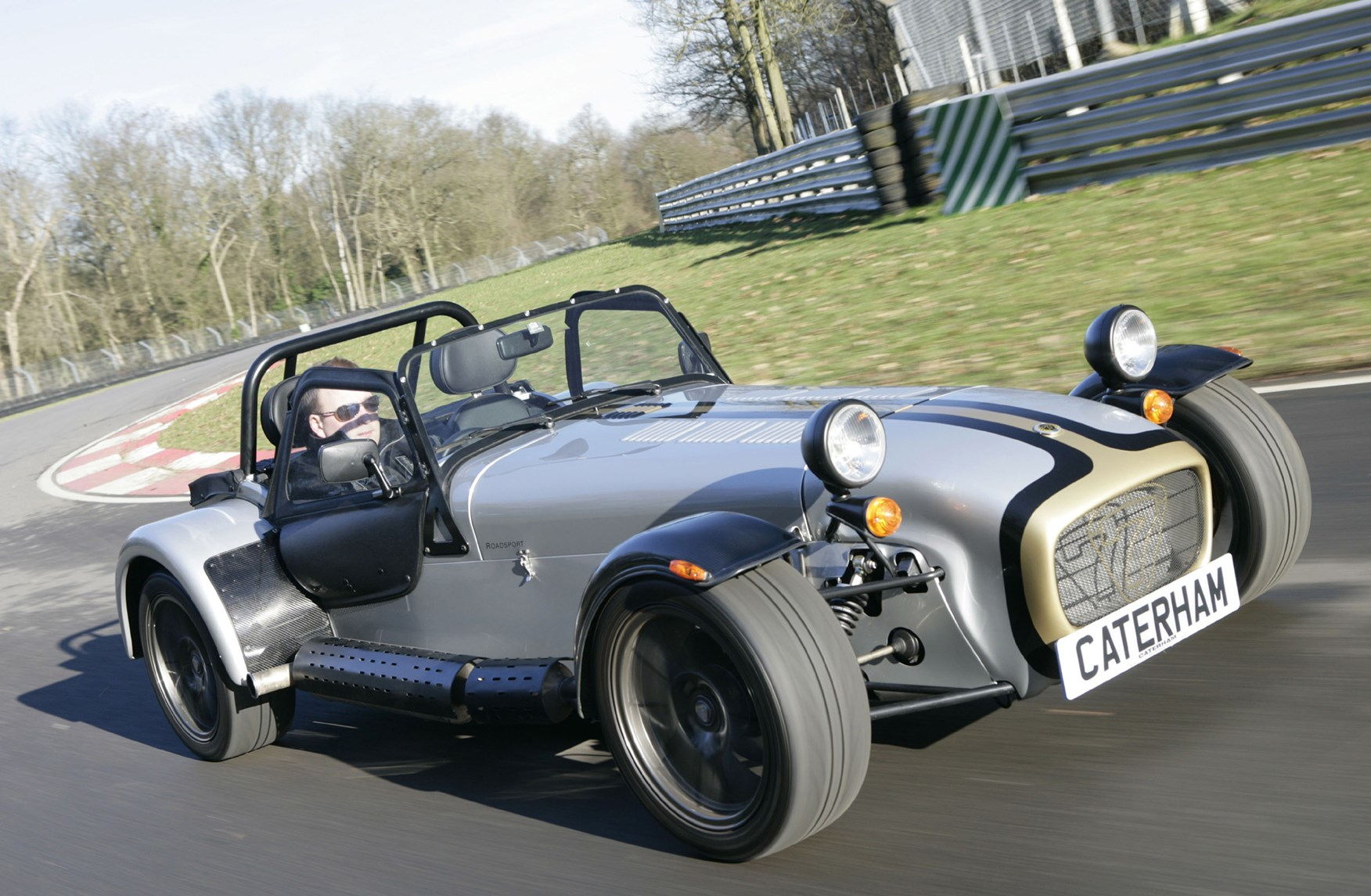 caterham super seven roadster 2001 driving performance parkers. Black Bedroom Furniture Sets. Home Design Ideas