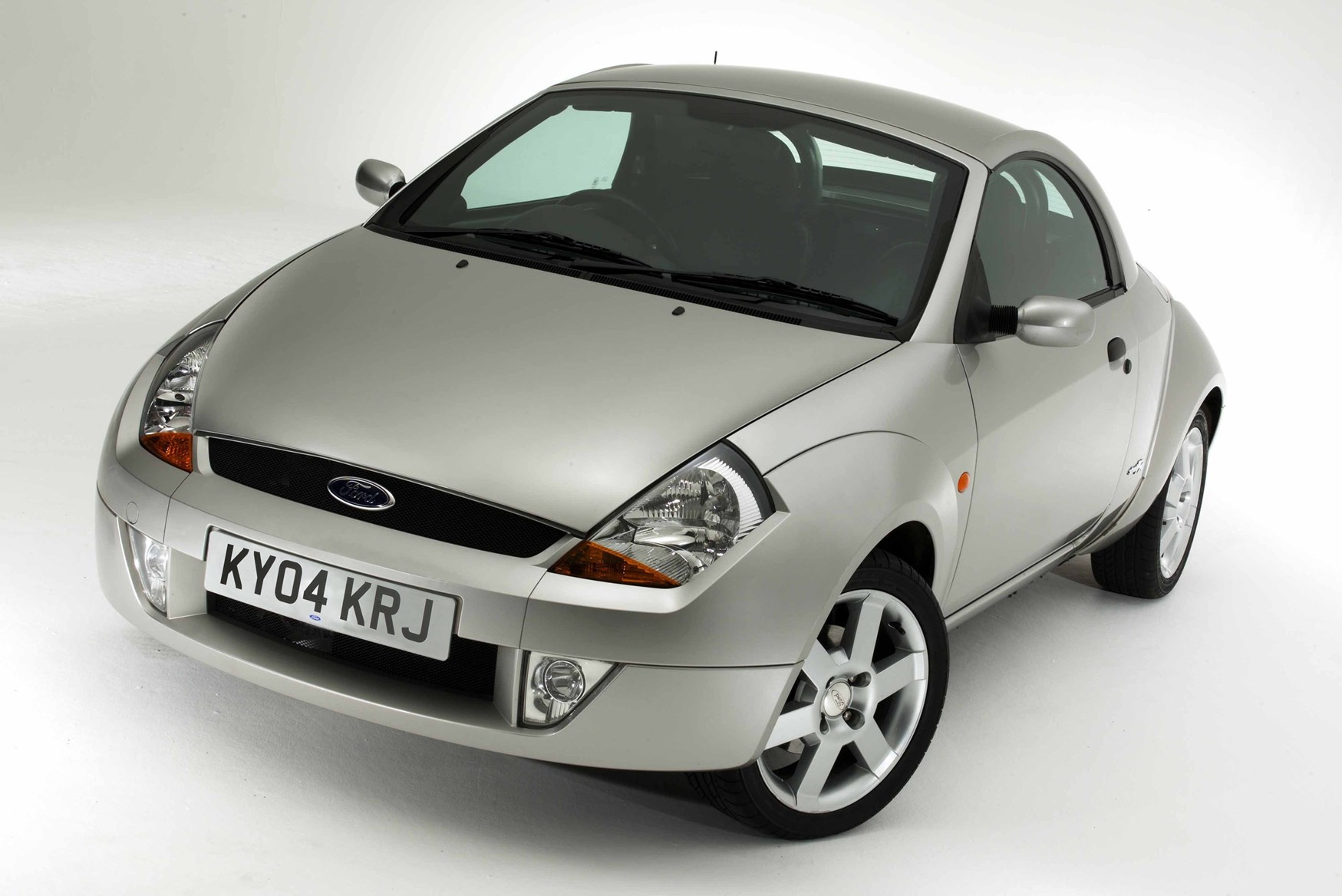 ford streetka roadster 2003 2006 photos parkers. Black Bedroom Furniture Sets. Home Design Ideas