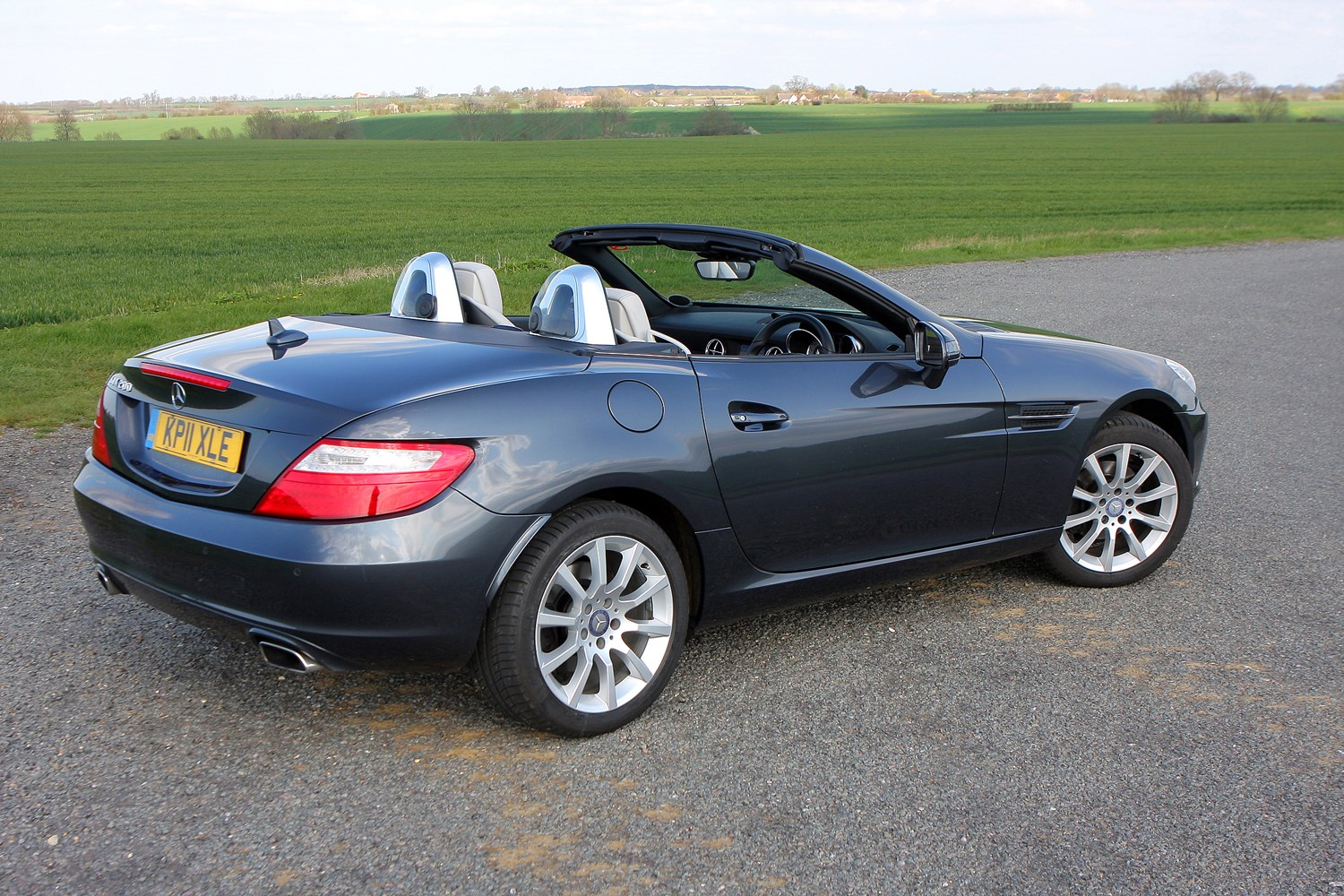 mercedes benz slk roadster 2011 2016 photos parkers. Black Bedroom Furniture Sets. Home Design Ideas