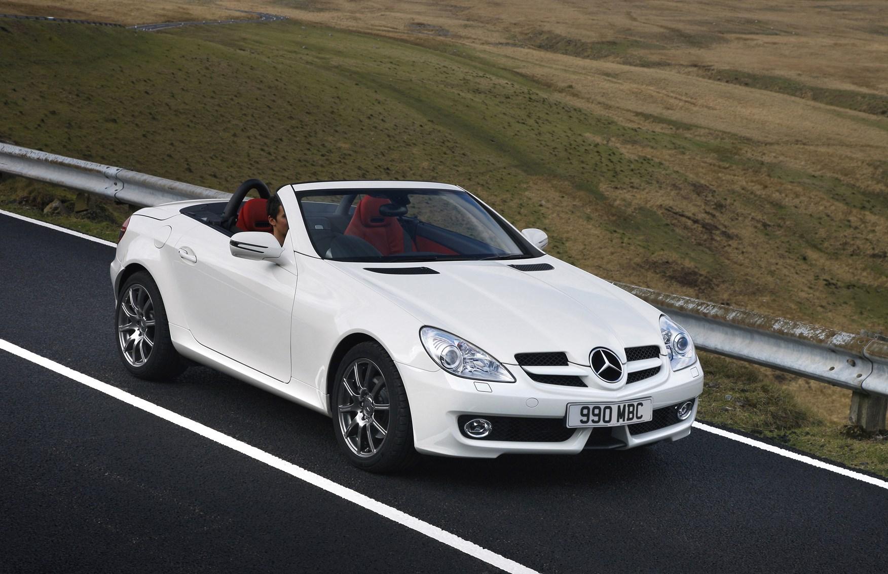 mercedes benz slk roadster 2004 2011 driving performance parkers. Black Bedroom Furniture Sets. Home Design Ideas