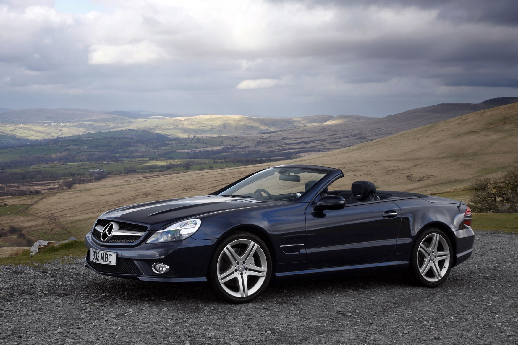 mercedes benz sl class convertible 2002 2011 photos parkers. Black Bedroom Furniture Sets. Home Design Ideas