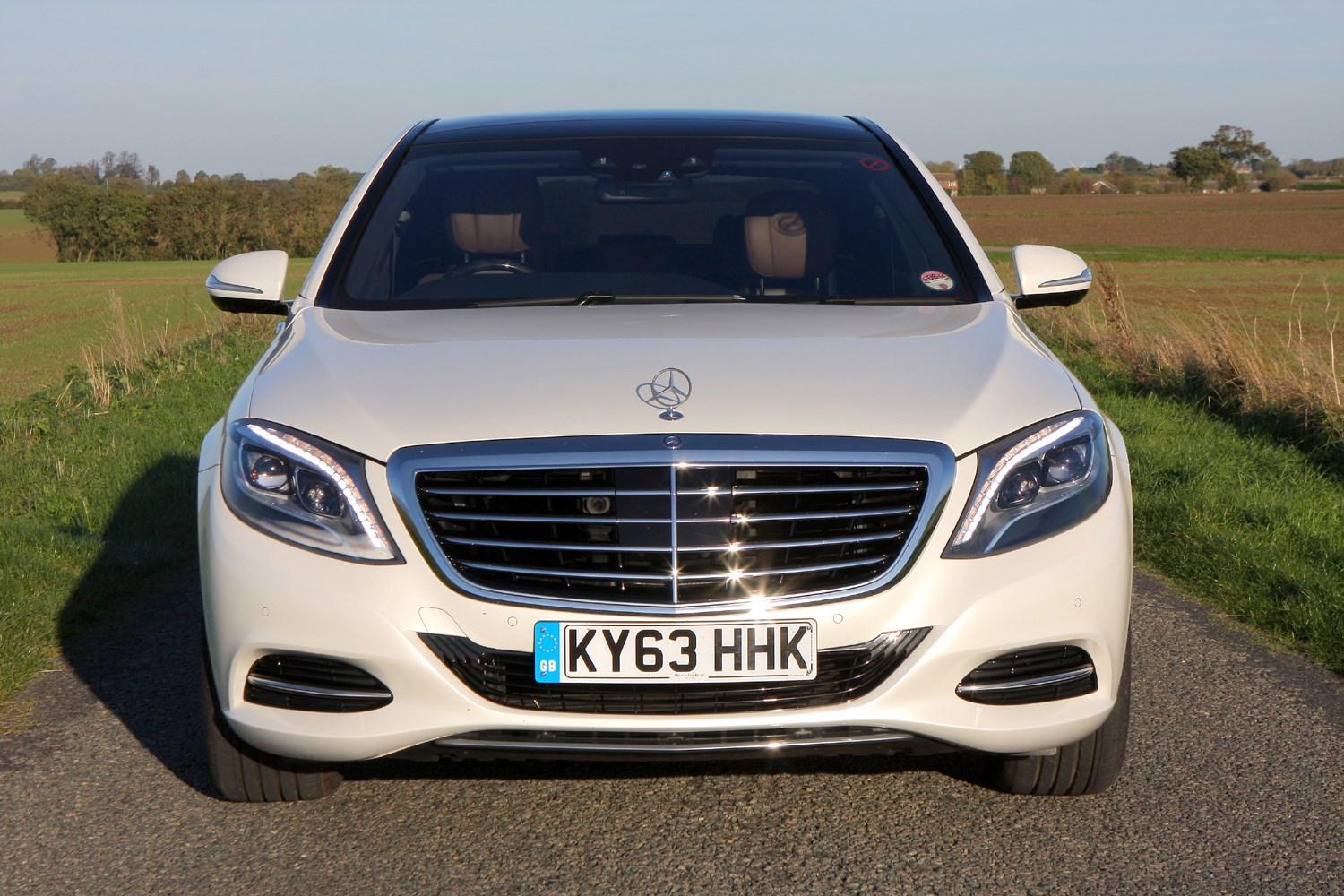 Mercedes benz s class saloon 2013 photos parkers for How much is a 2014 mercedes benz s550