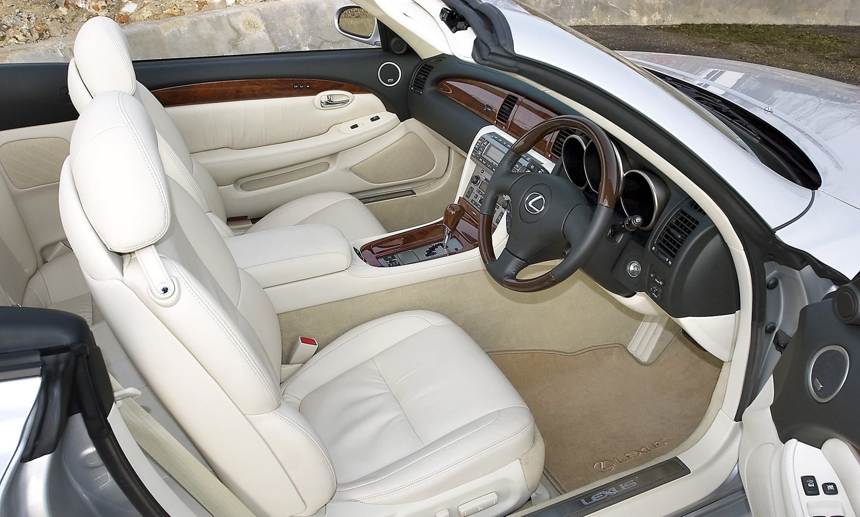 View all images of the lexus sc 01 09
