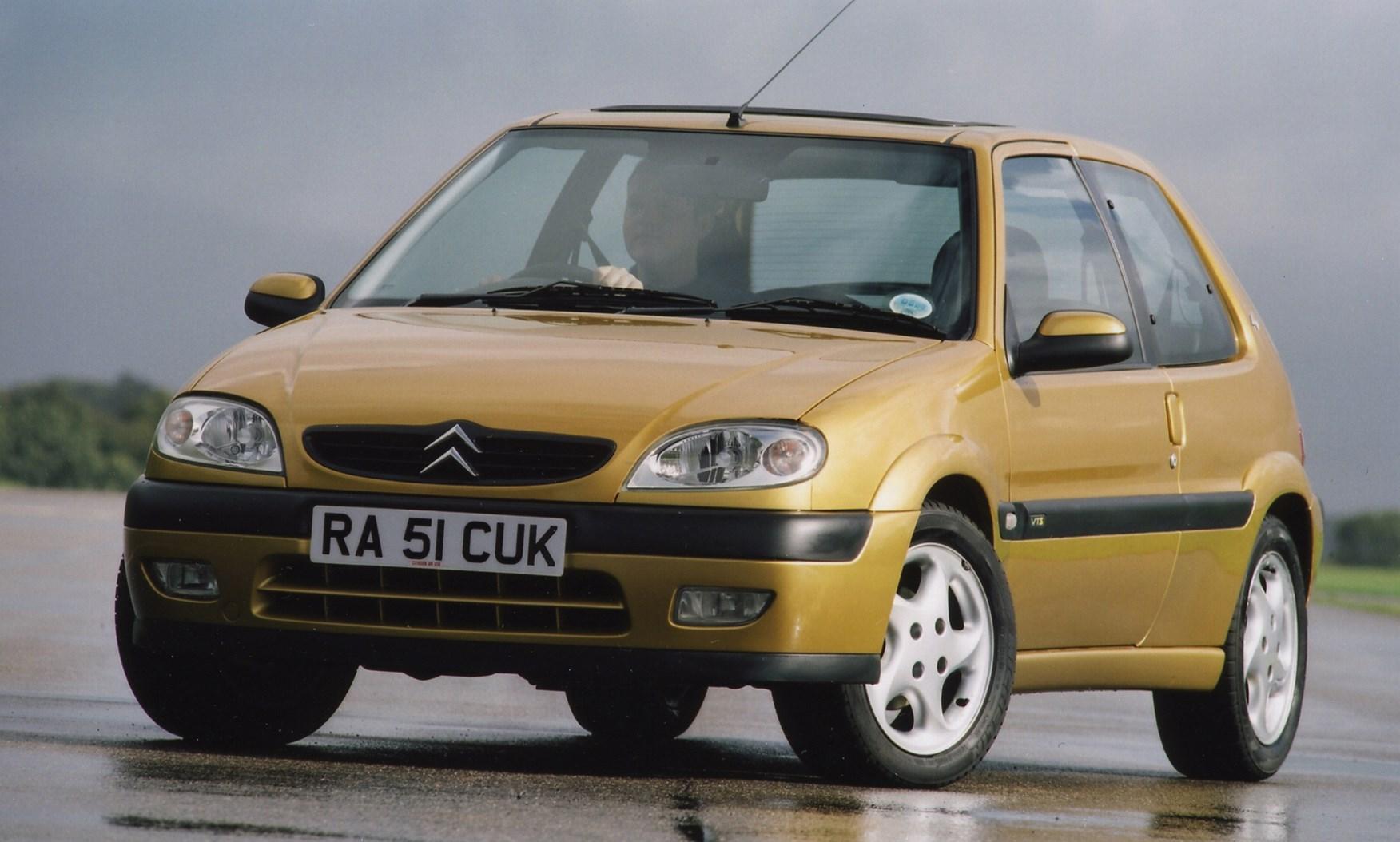 Insure Com Review >> Citroën Saxo Hatchback (1996 - 2003) Photos | Parkers