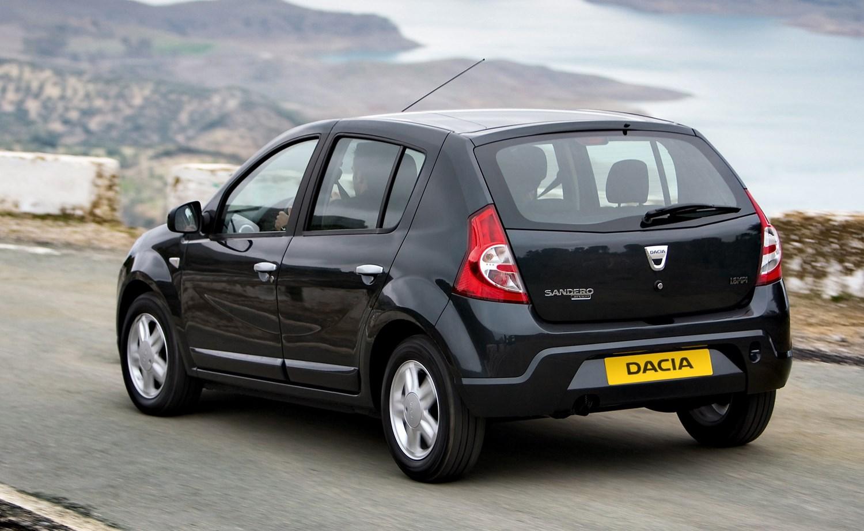 Dacia Sandero Specs >> Dacia Sandero Hatchback (2013 - ) Photos | Parkers