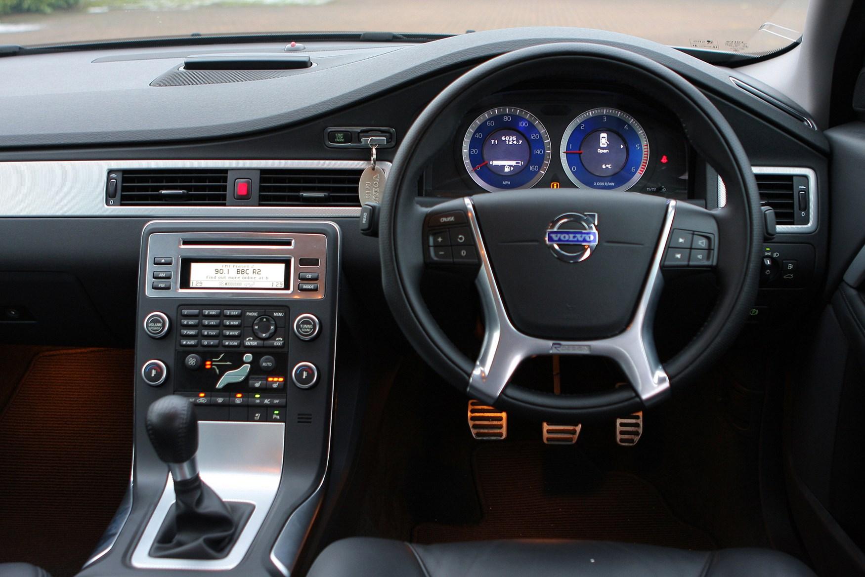 100  Volvo S80   1999 Used Volvo S80 4dr Sedan 2 9l At Car