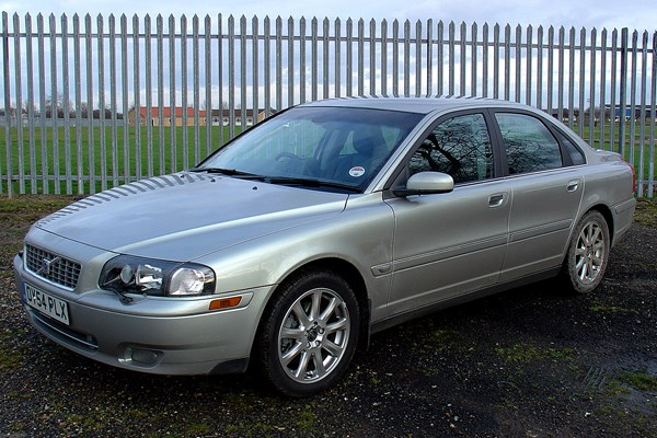 Volvo S80 Saloon Review (1998 - 2005) | Parkers