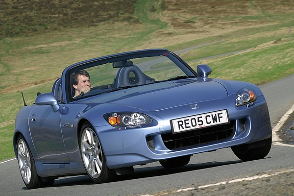 honda s2000 roadster from 1999 used prices parkers. Black Bedroom Furniture Sets. Home Design Ideas