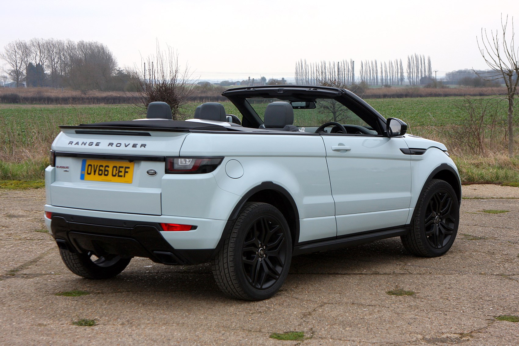 land rover range rover evoque convertible 2016 photos. Black Bedroom Furniture Sets. Home Design Ideas