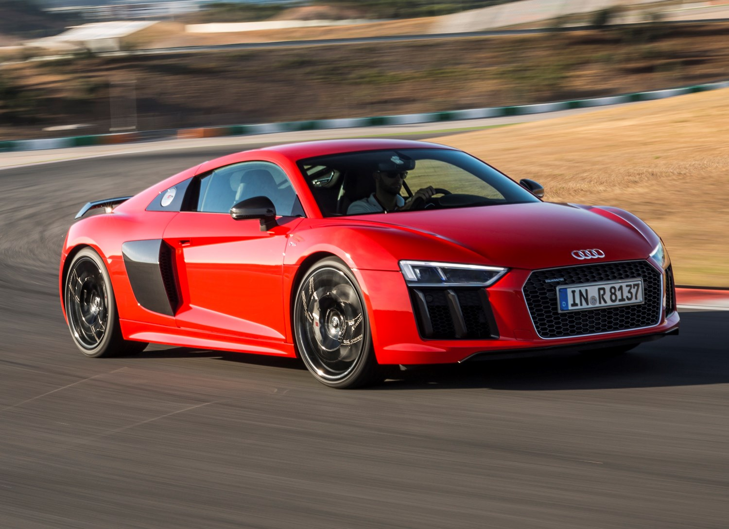 audi r8 coupe review 2015 parkers. Black Bedroom Furniture Sets. Home Design Ideas
