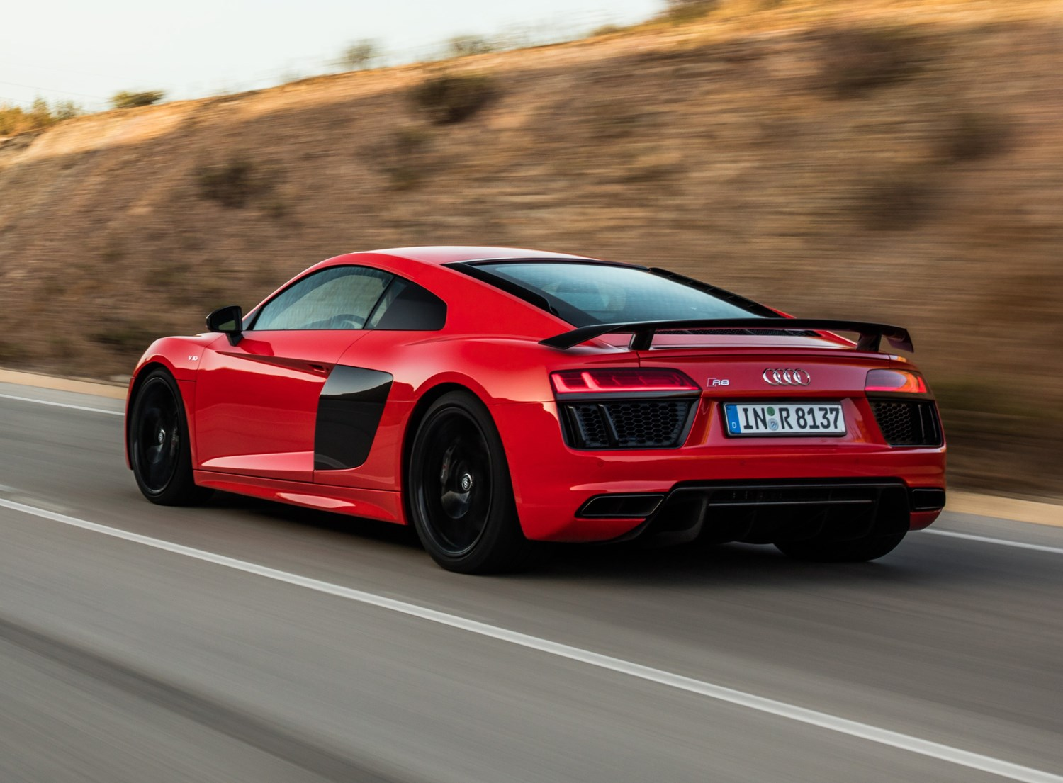 Audi R8 Coupe 2015 Photos Parkers