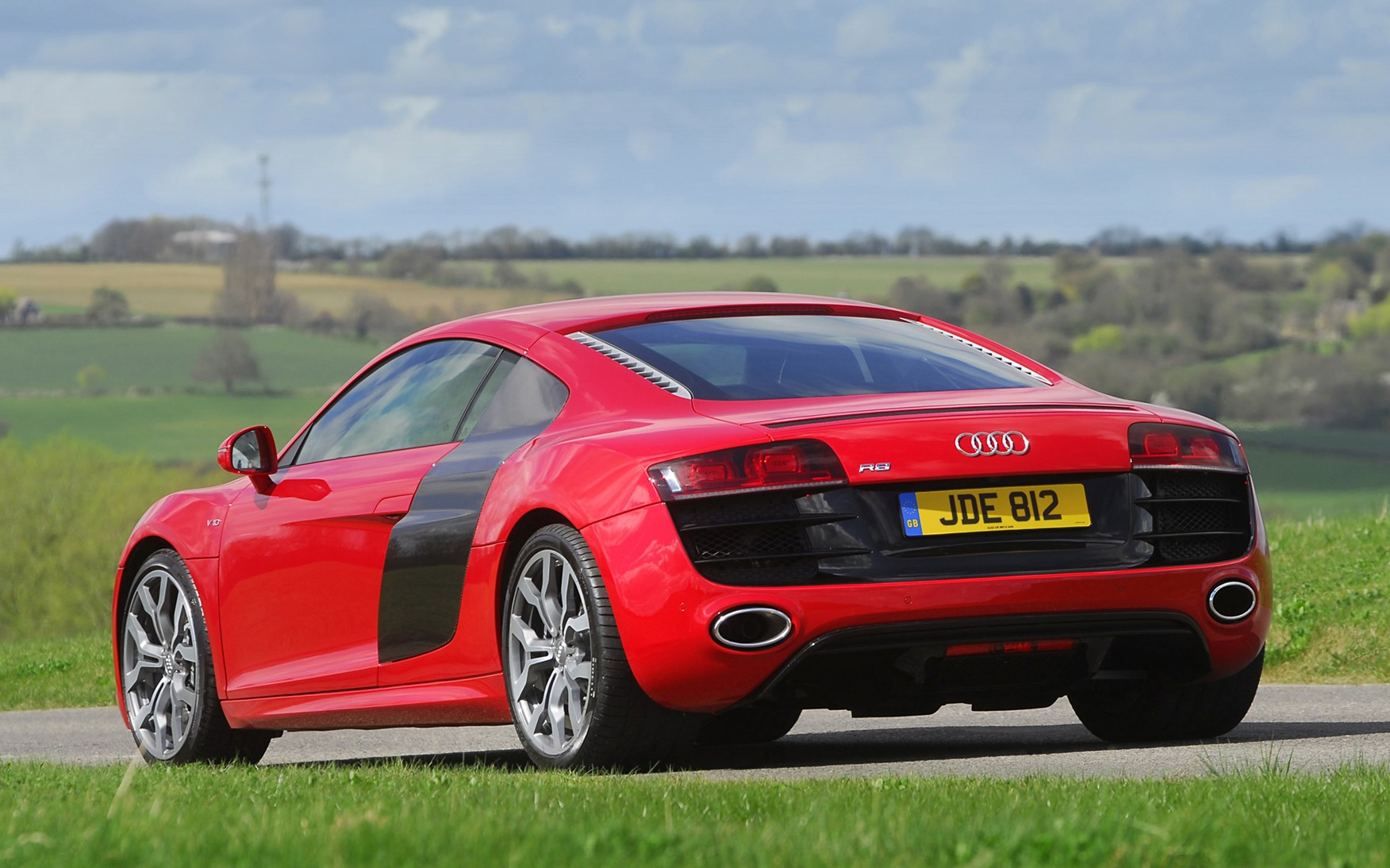 audi r8 coupe 2007 2014 photos parkers. Black Bedroom Furniture Sets. Home Design Ideas