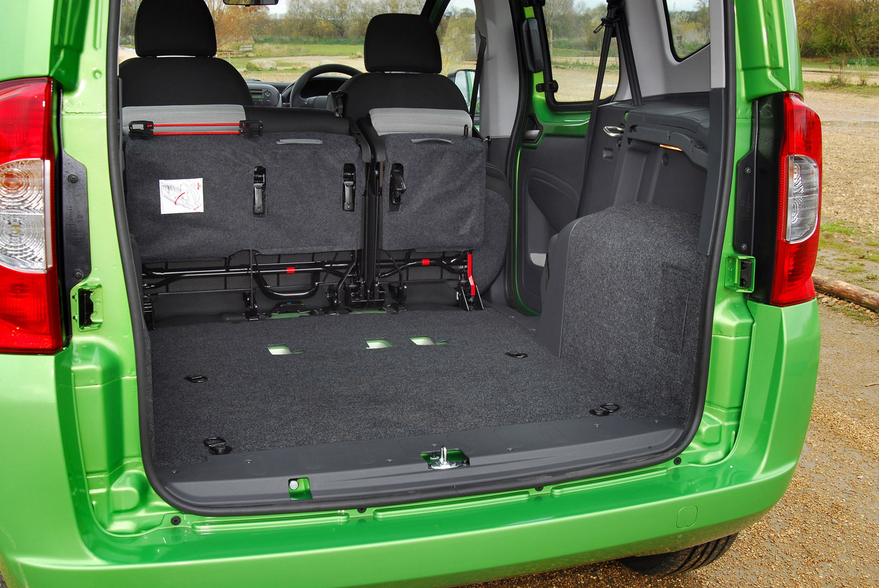 Fiat Qubo Estate 2009 Features Equipment And