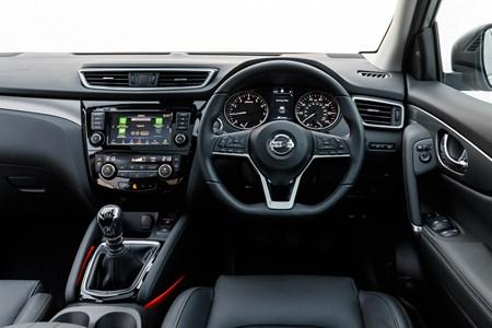 Nissan Qashqai Review 2019 Parkers