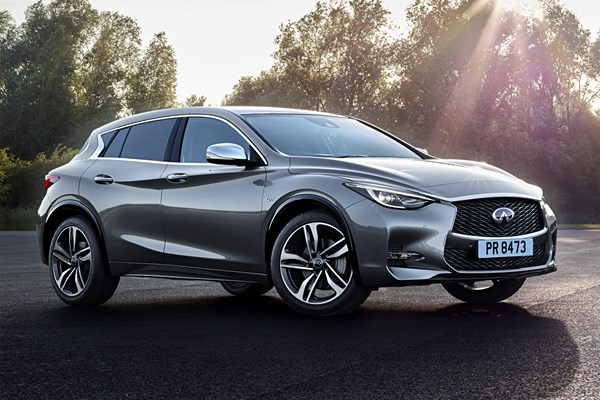 infiniti q30 hatchback from 2015 used prices parkers. Black Bedroom Furniture Sets. Home Design Ideas