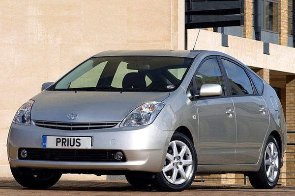 Toyota Prius Hatchback (2004 - 2009) Used Prices