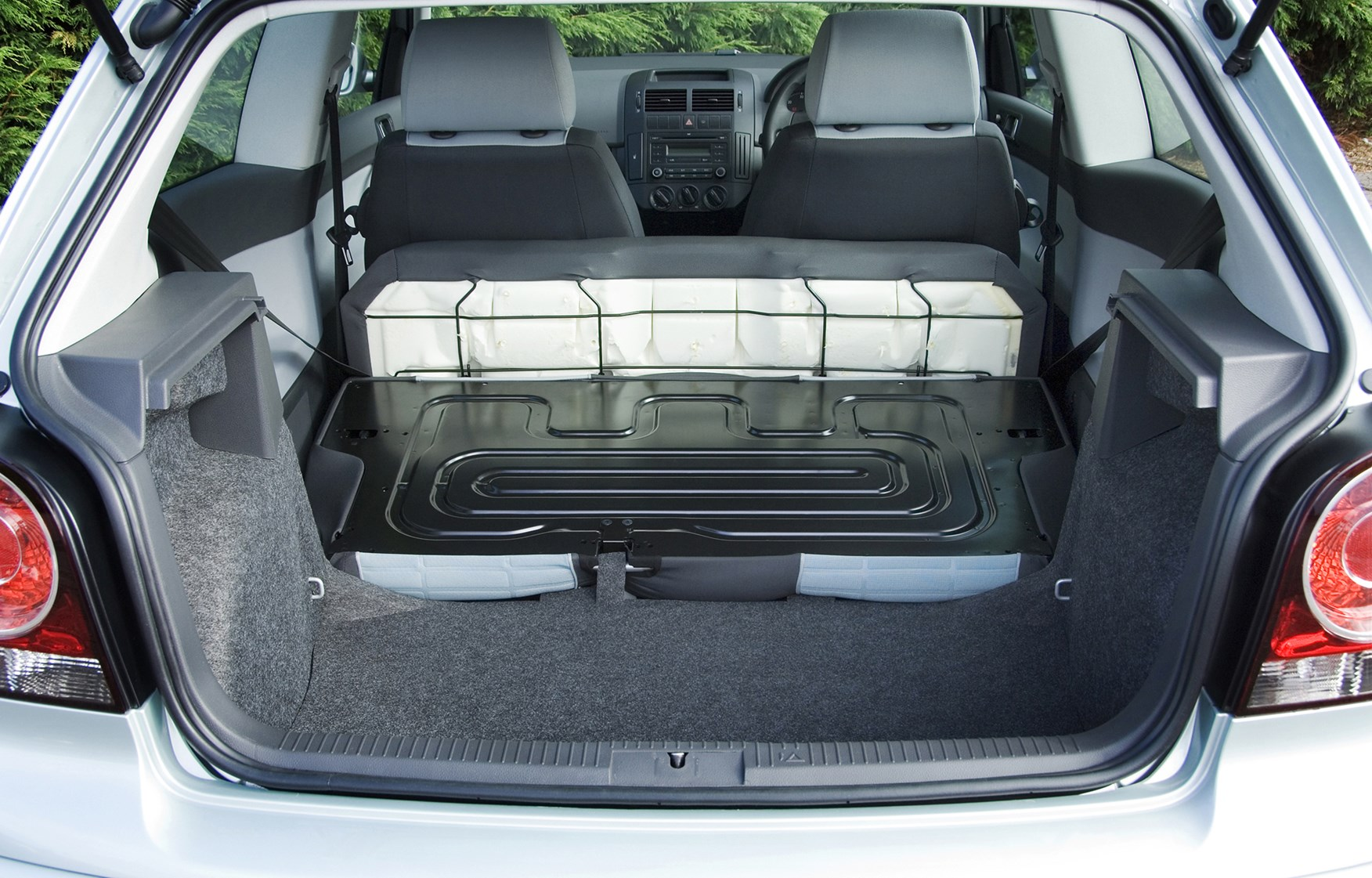volkswagen polo hatchback 2002 2009 photos parkers. Black Bedroom Furniture Sets. Home Design Ideas