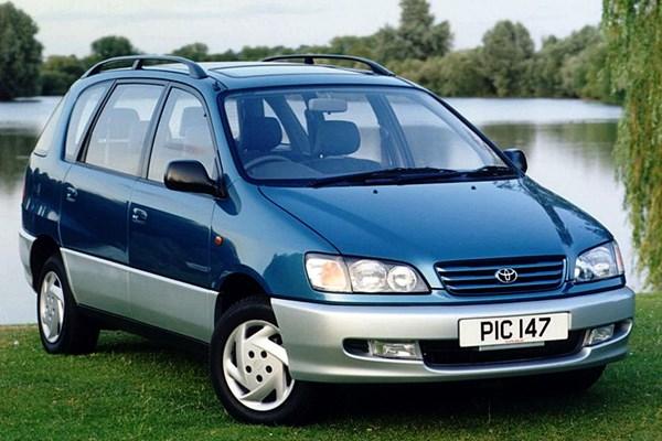 Toyota Picnic (1997 - 2001) Used Prices