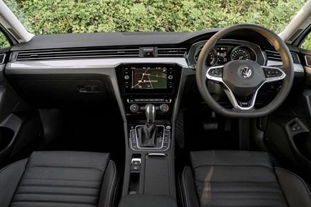 Volkswagen Passat Review 2020 Parkers
