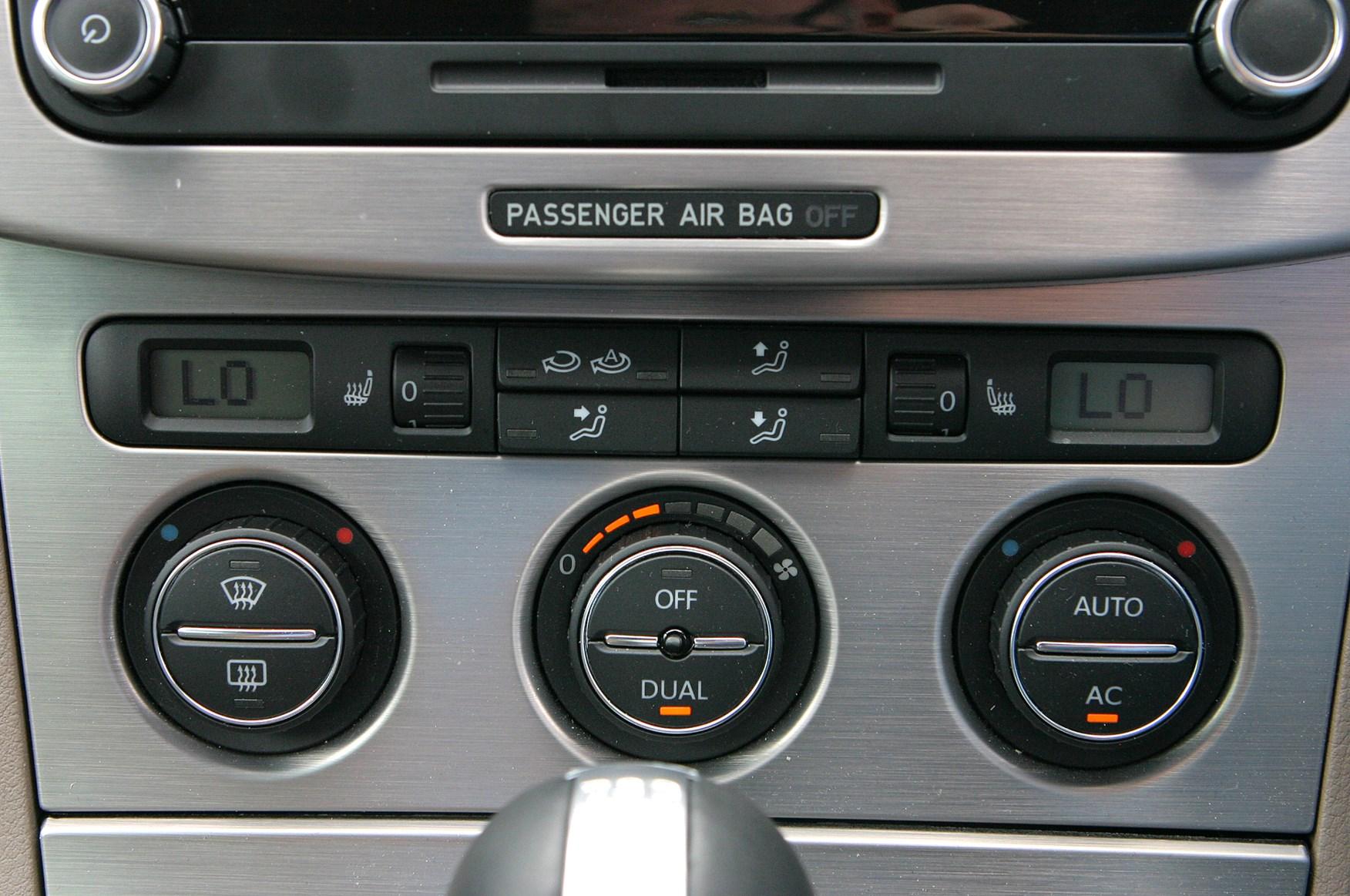 Volkswagen Passat R36 Review 2008 2010 Parkers