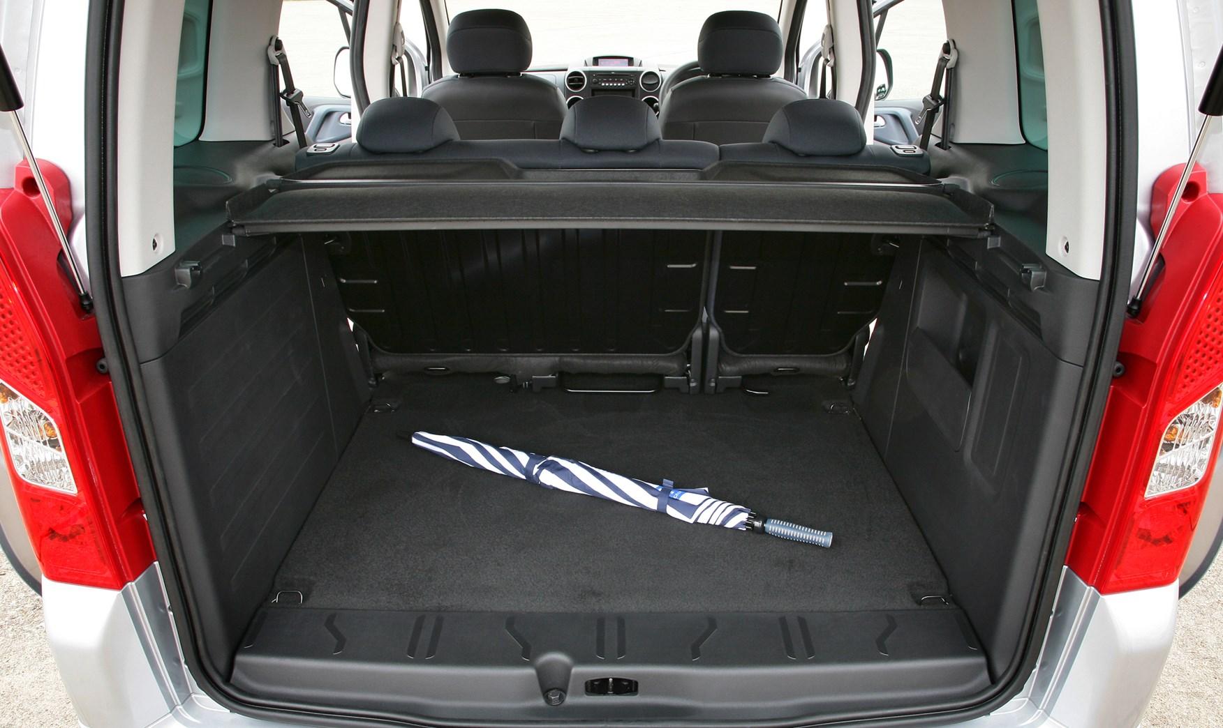 Peugeot Partner Tepee Estate 2008 Features Equipment