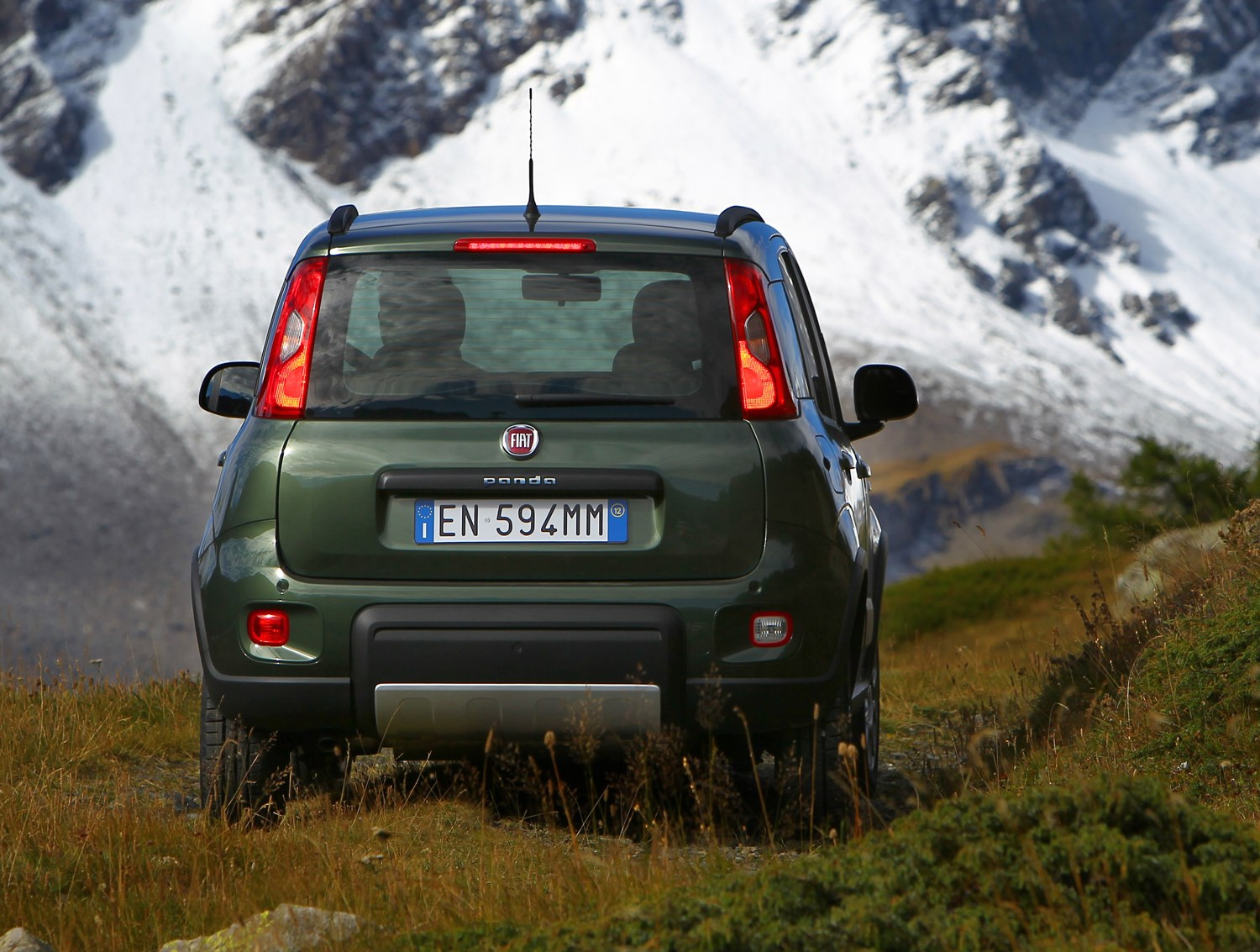 fiat panda 4x4 2012 driving performance parkers. Black Bedroom Furniture Sets. Home Design Ideas