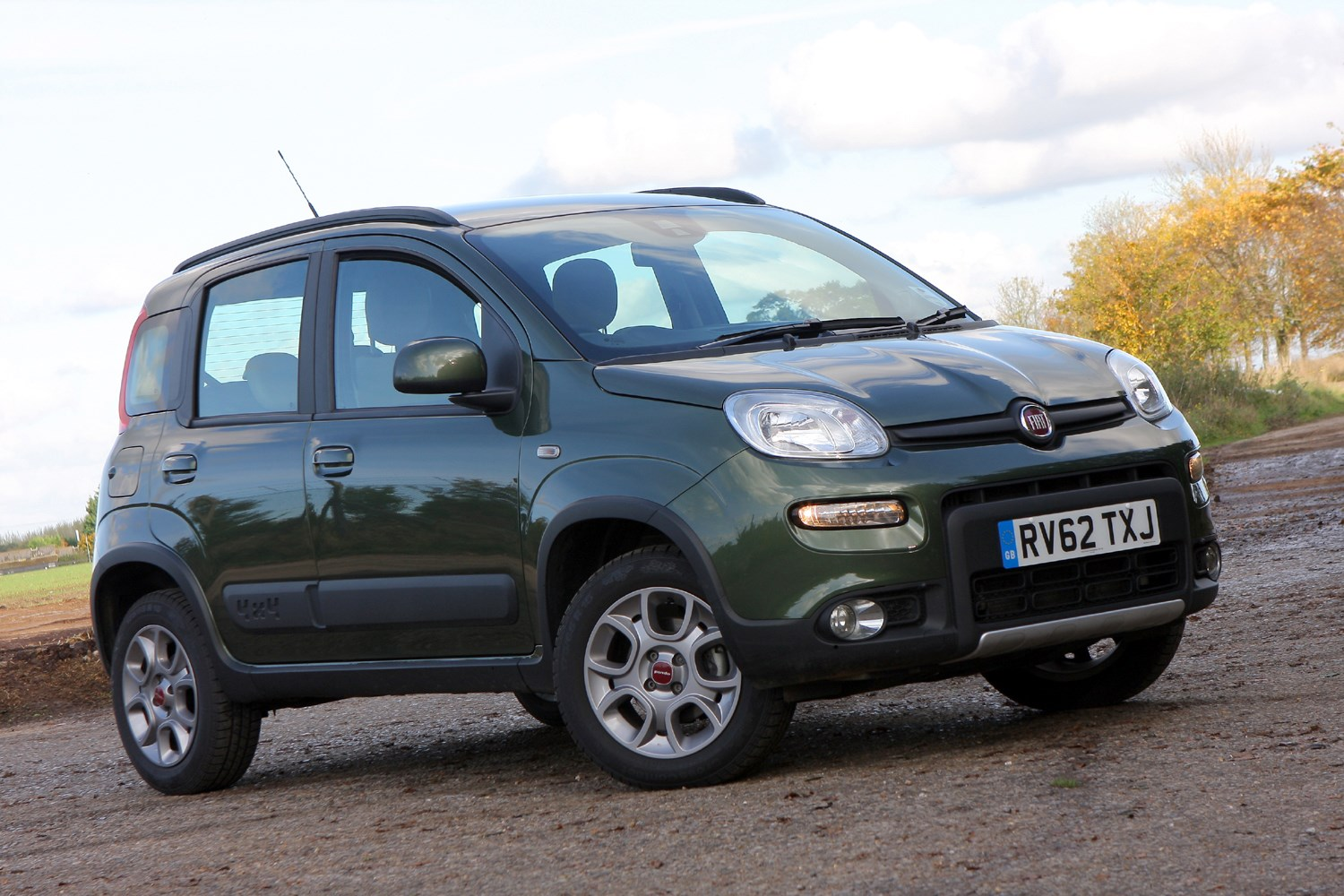 fiat panda 4x4 2012 photos parkers. Black Bedroom Furniture Sets. Home Design Ideas