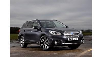 Subaru Outback Estate 2.5i SE Premium Lineartronic auto 5d