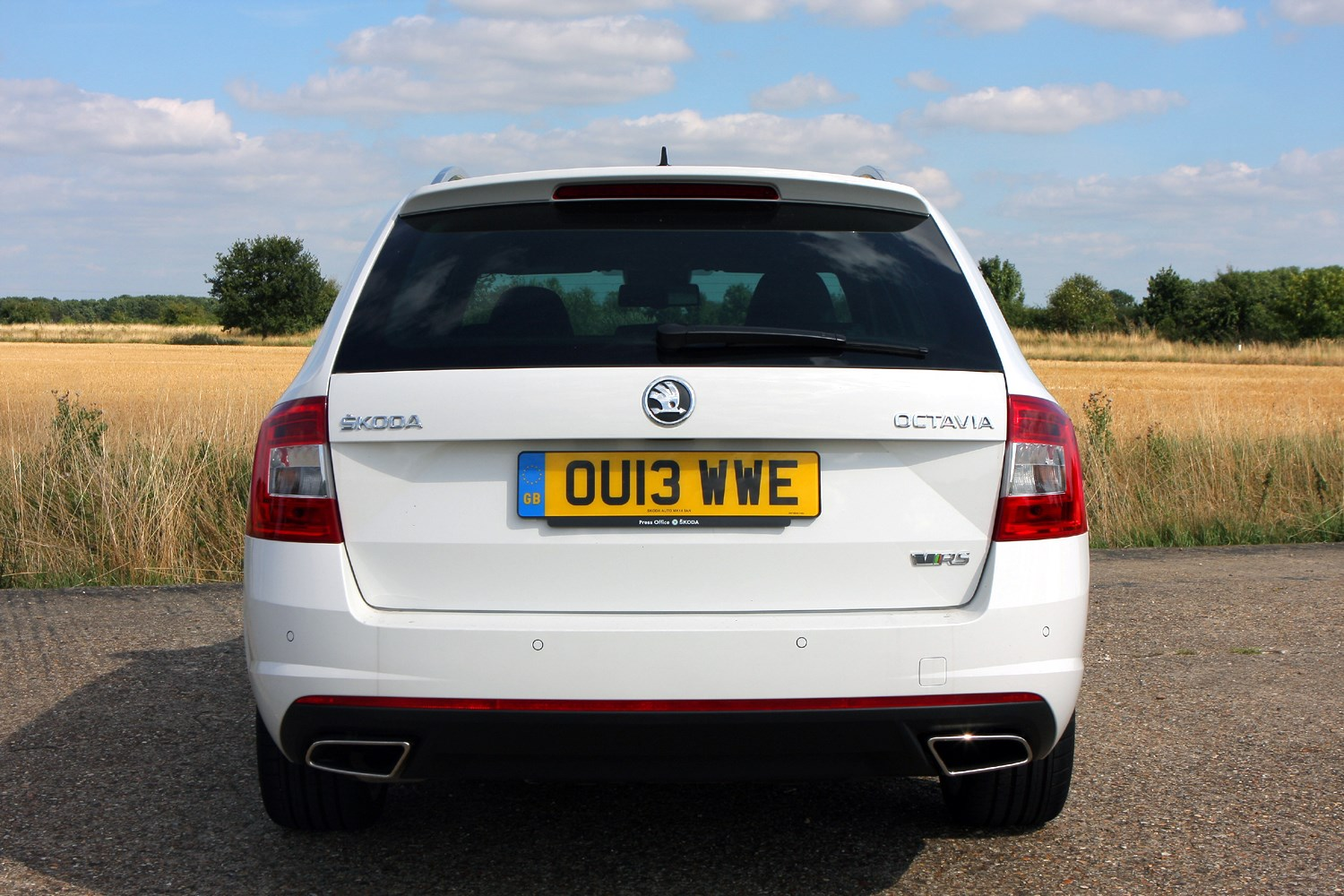 Skoda Octavia vRS (2013 - ) Features, Equipment and ...
