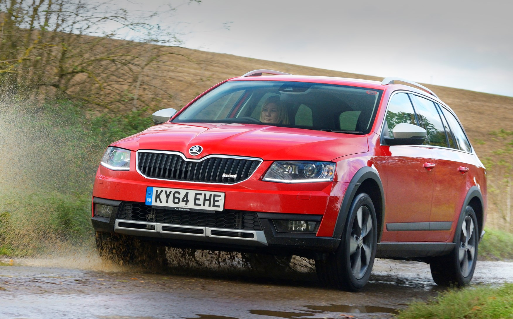 skoda octavia scout 2014 driving performance parkers. Black Bedroom Furniture Sets. Home Design Ideas