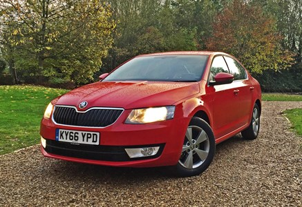 skoda octavia review: buying and selling | parkers